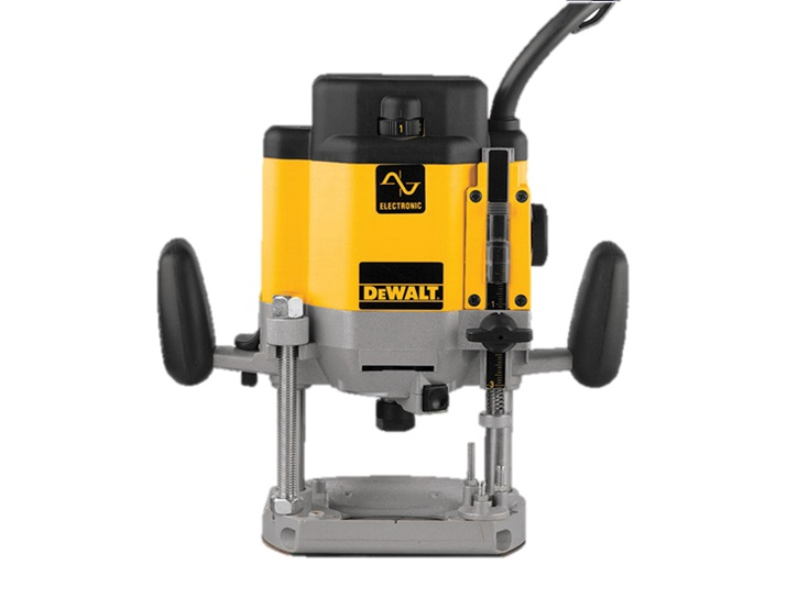 DW625EK 1/2in Plunge Router 2000 Watt 110 Volt